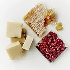 honing, granaatappel en shea boter